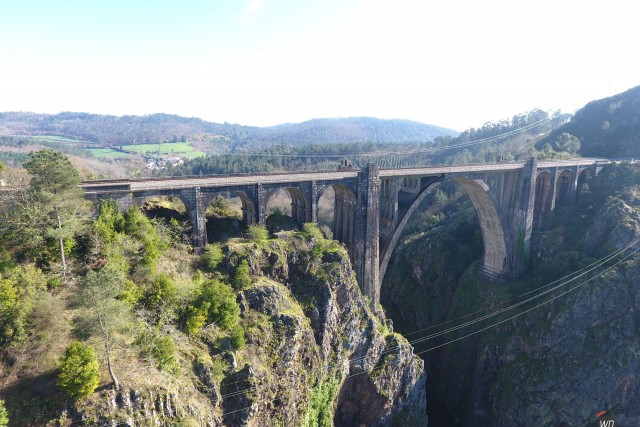 Puente Gundian