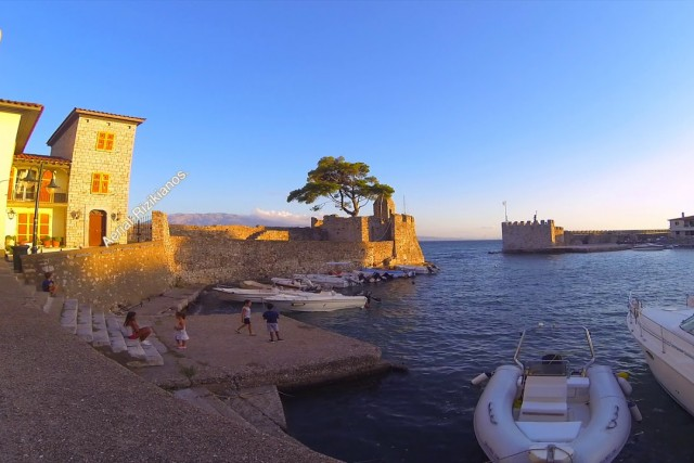 Timelapse:Coffe Time… at port of Nafpaktos.