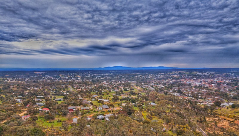 Thunderstorm passing over Castlemaine