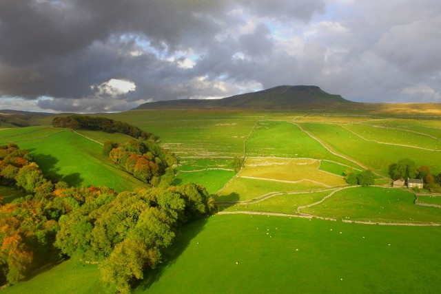 Yorkshire Dale National Park, Pen-Y-Ghent, England
