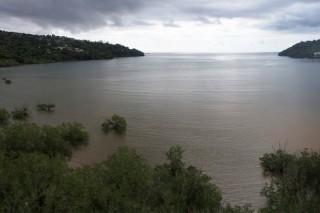 Baie de Chiconi sous l'orage – Mayotte