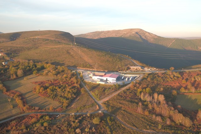 Paraño Hills