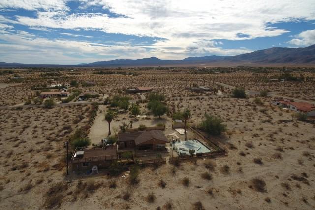 Droning over the desert