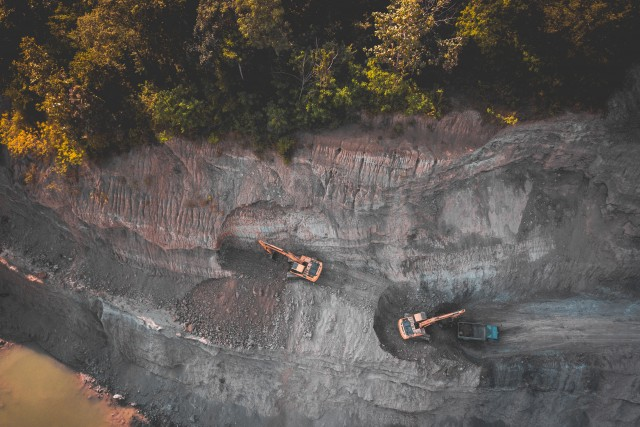 Man Vrs Nature – Digging Up The Quarry – Thailand