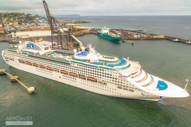 The Sun Princess in Burnie