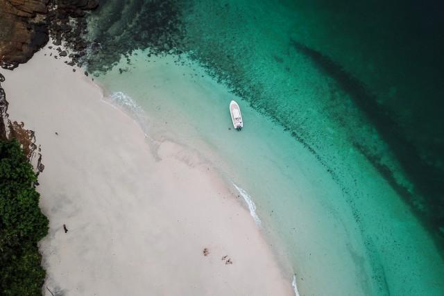 La Perla Beaches