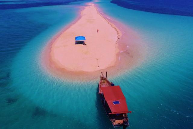 Remote Sandbank.