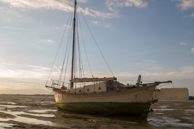 Abandoned Yacht on the Stour at Low Tide