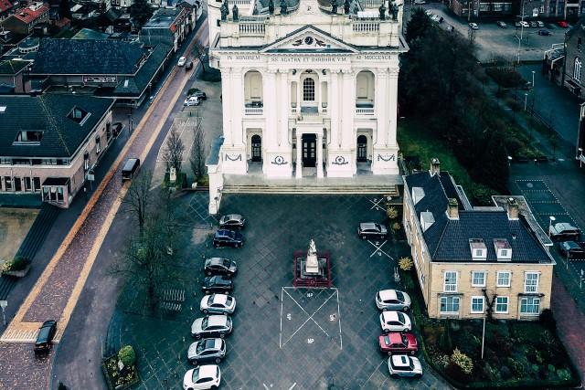 Basilica of Sts Agatha and Barbara, Oudenbosch No. 3