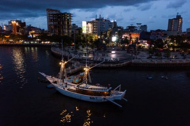 Pinisi Sailer Boat