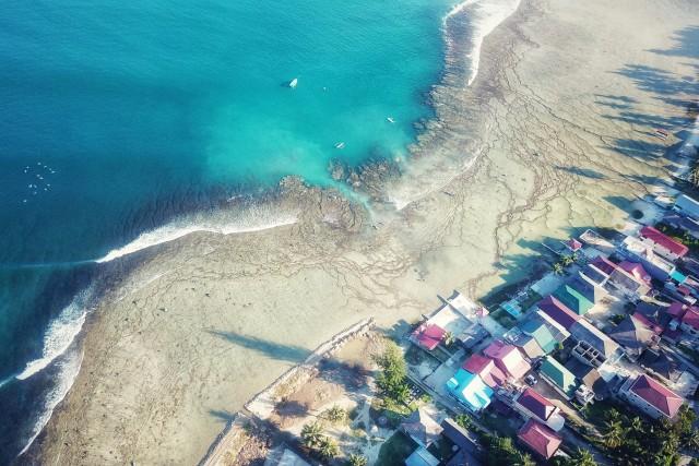 Sorake Beach, best spot Surf