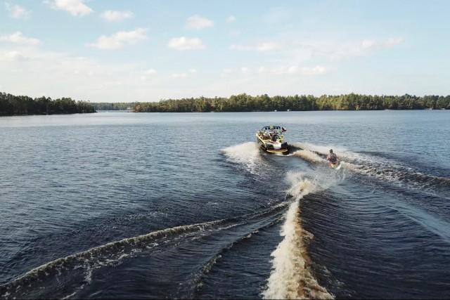 Adaptive Skim-Boarder Going Huge