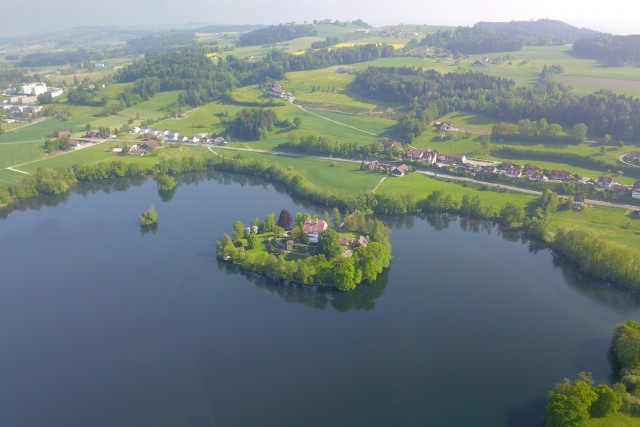Lake Mauensee with castle