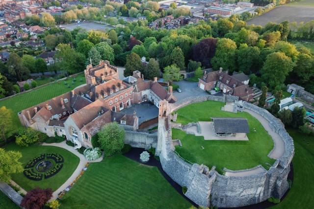 Farnahm Castle