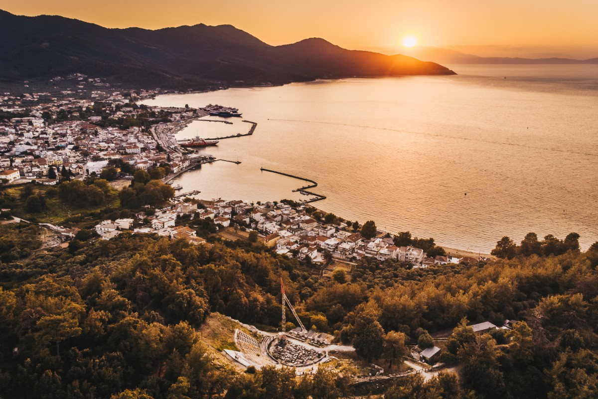 Sunset over the Acropolis near Thassos Town – Limenas in Greece