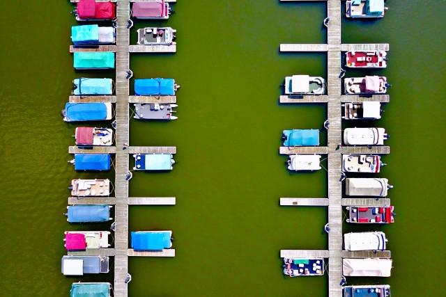 Marina Overhead