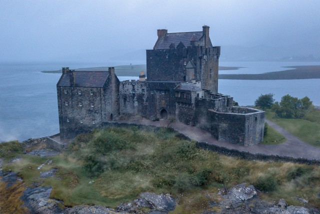 Eileen Donan Castle – Misty Morning
