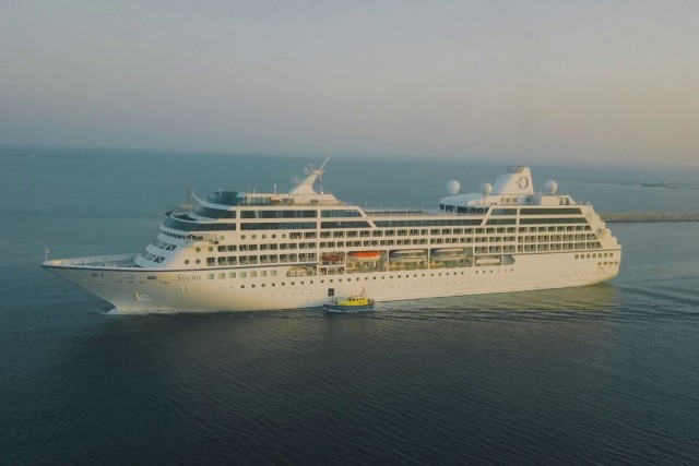 Oceania Serena Leaving Limassol Port August 2018