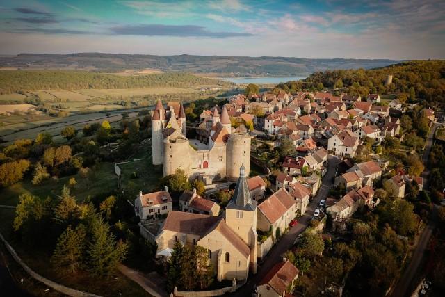 Chateauneuf en Auxois 1