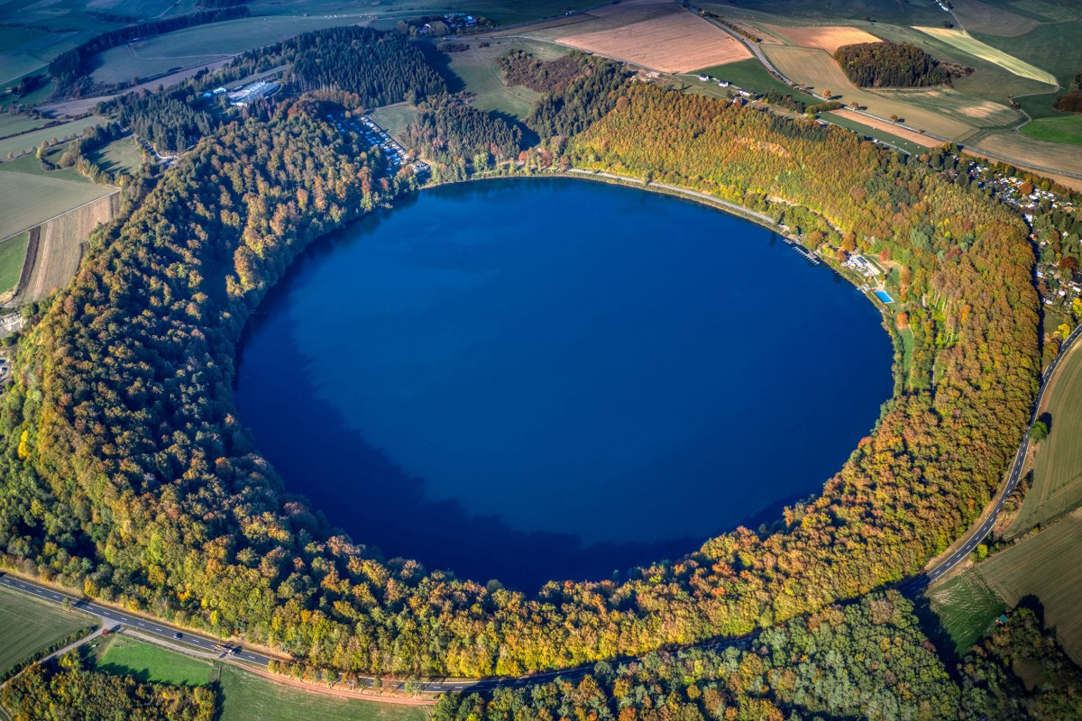 Crater Lake, Pulvermaar-Germany