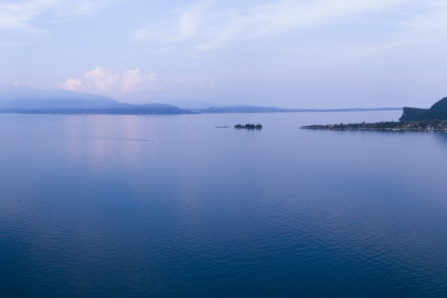 Lago di garda – manerba del garda bay