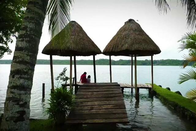 Laguna de Xul Ha
