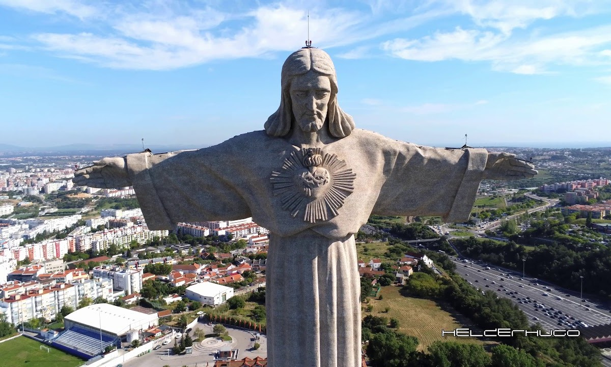 Parrot Anafi 4K Drone visit King Christ for the first time