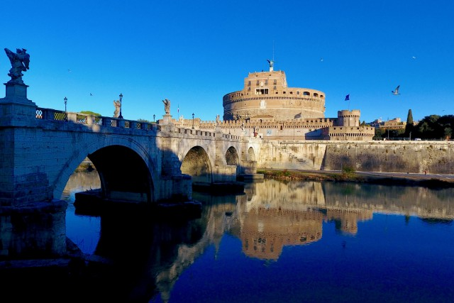 Puente Sant'Angelo, rio TIber, Roma, Italia