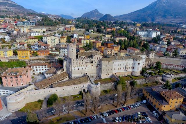 CASTILLO DE TRENTO, ITALIA