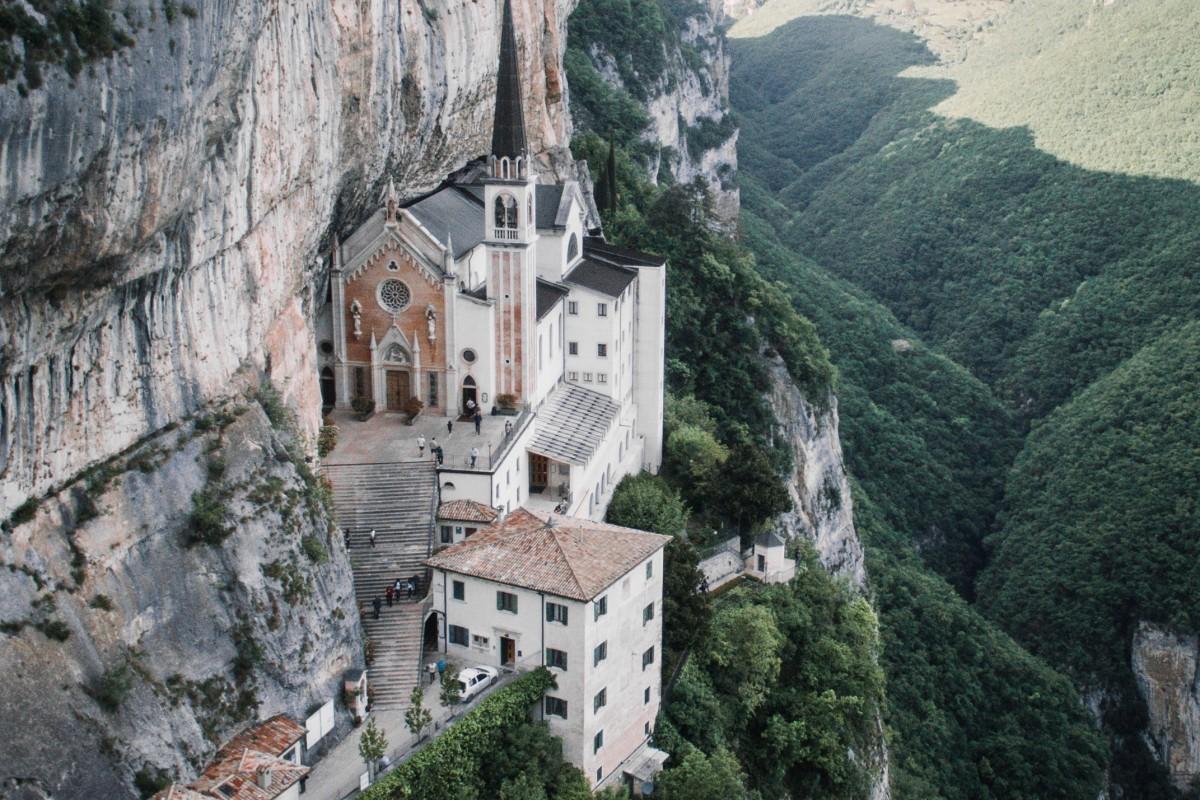 Incredible Church