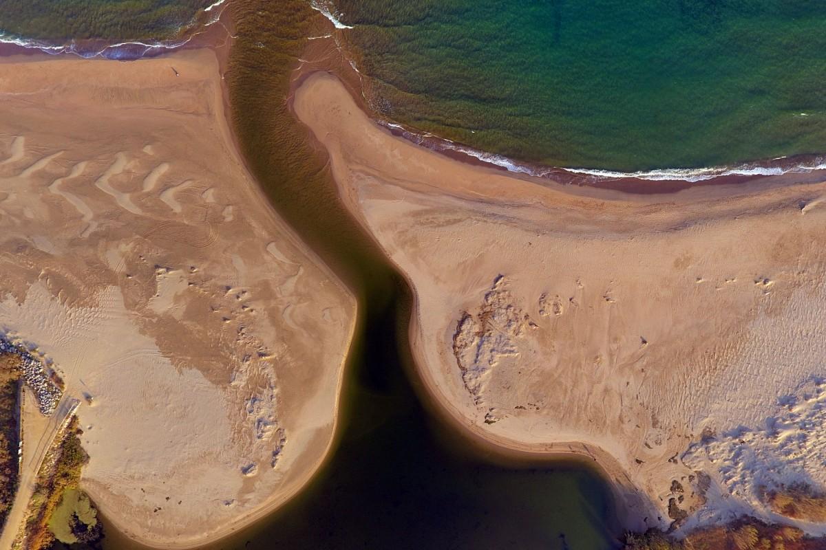 River meets the Sea