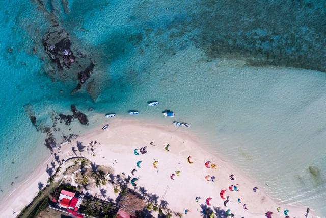 Anse Mourouk: kitesurf paradise