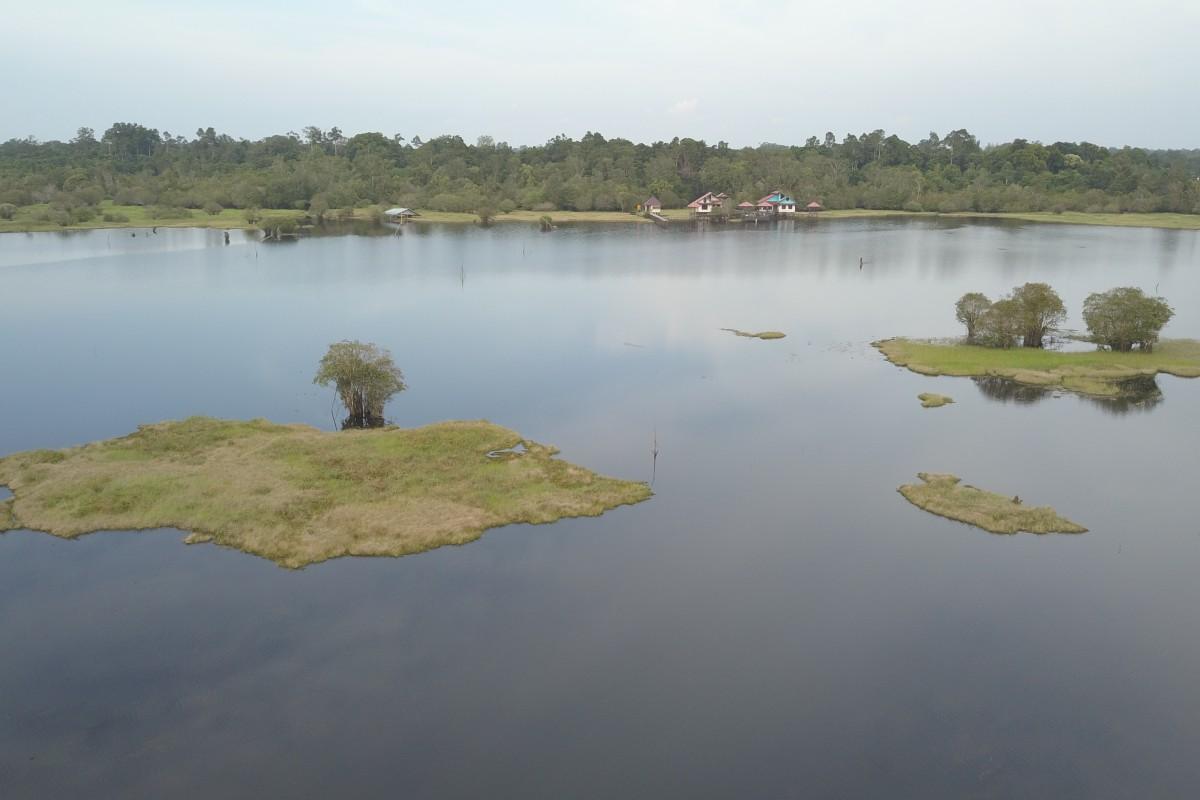 Danau Bulat, Katingan, Kalimantan Tengah, Indonesia