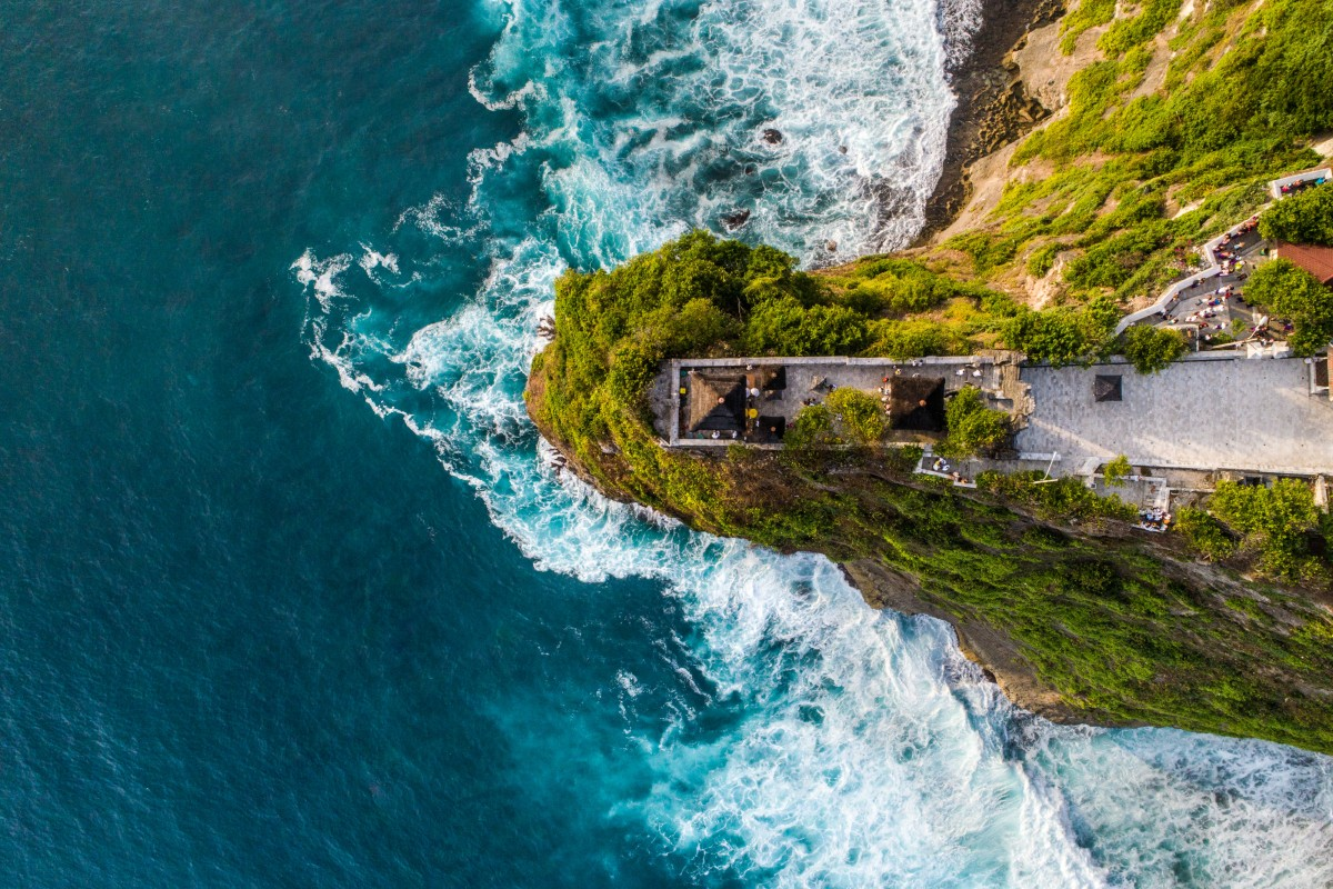 Bali from above – uluwatu temple