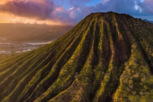 Hawaiian Sunset near Koko Crater