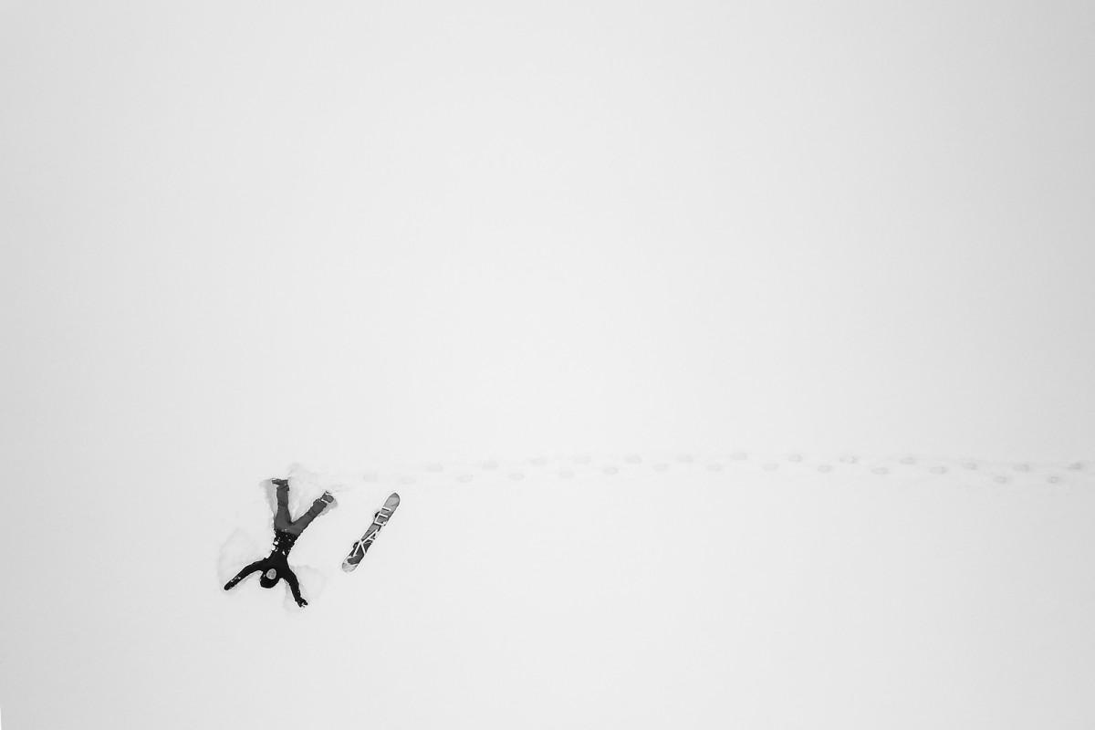 Snow angles
