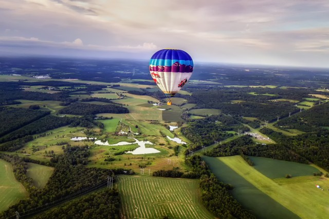 Hot Air Balloon(s) in Flight