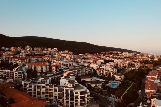 Sveti Vlas town view