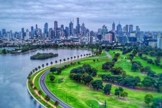 Albert Park Lake and Melbourne CBD