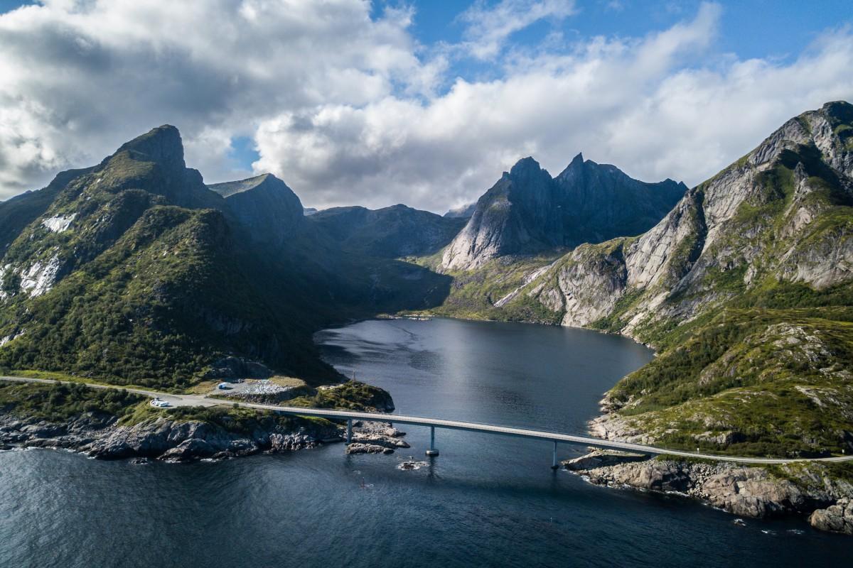 Djupfjordbrua Lofoten – Norway
