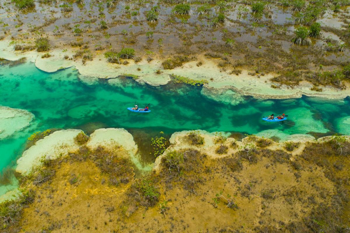 Kayaks en Bacalar