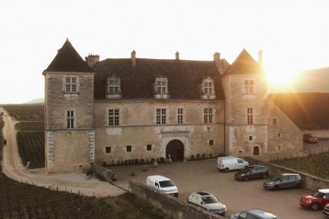 Château du Clos de Vougeot -Mavic 2 Zoom Footage-
