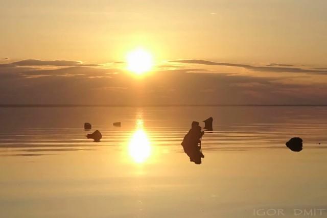 Sunset over the lake Elton, timelapse