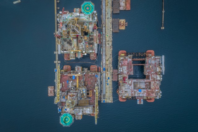Brazil oil platforms preparing for work
