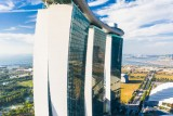 Drunk (but real) perspective of Marina Bay Hotel in Singapore