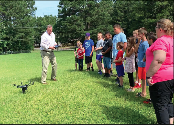 Children see drone display at Makers' Camp – Camden News
