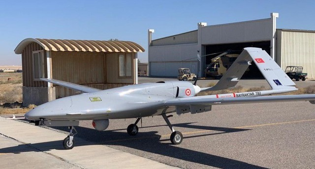 Turkey's indigenous Bayraktar drone breaks endurance record – Daily Sabah
