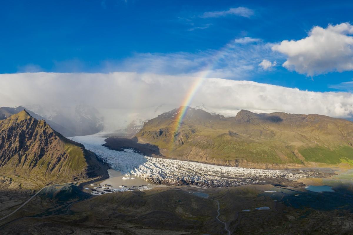 Glacier Rainbow – Svínafellsjökull, Iceland