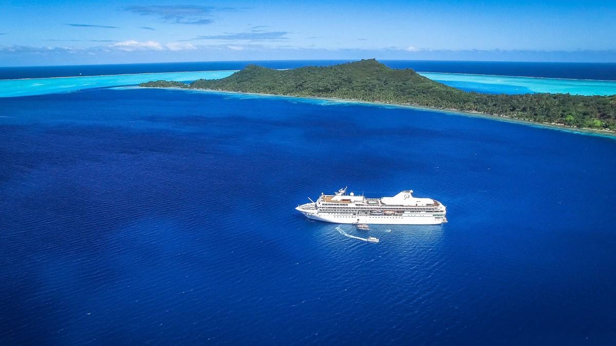Paul Gauguin Cruise, Bora Bora | Dronestagram